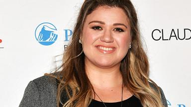 Kelly Clarkson accused of 'child abuse' for giving her child this snack