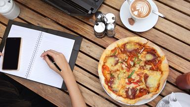 Here's what your lunch break habits reveal about you