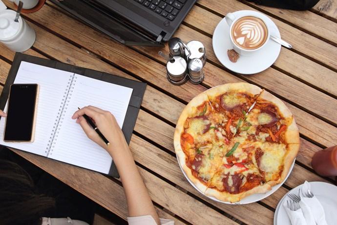 desk eating