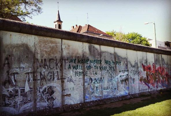 5.Berlin Wall, Germany. Tagged 4,595,501 times.