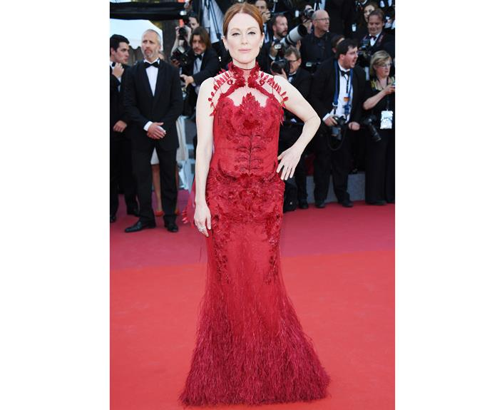 Lady in red! Julianne Moore sizzles in her scarlet gown.