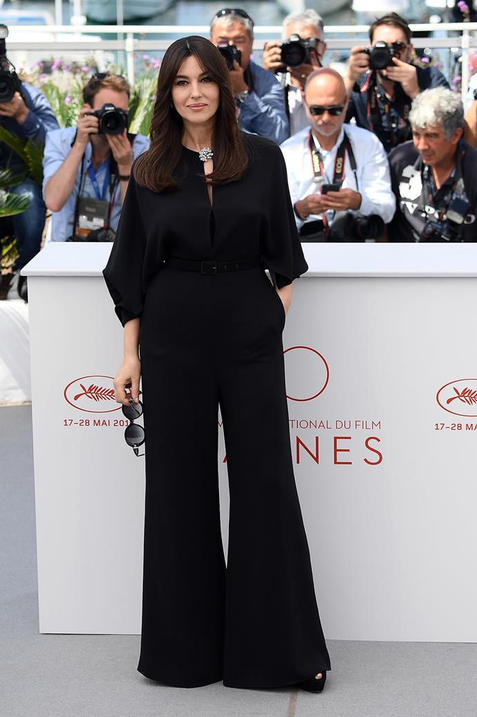 Monica Bellucci keeps it classic in an all-black ensemble.