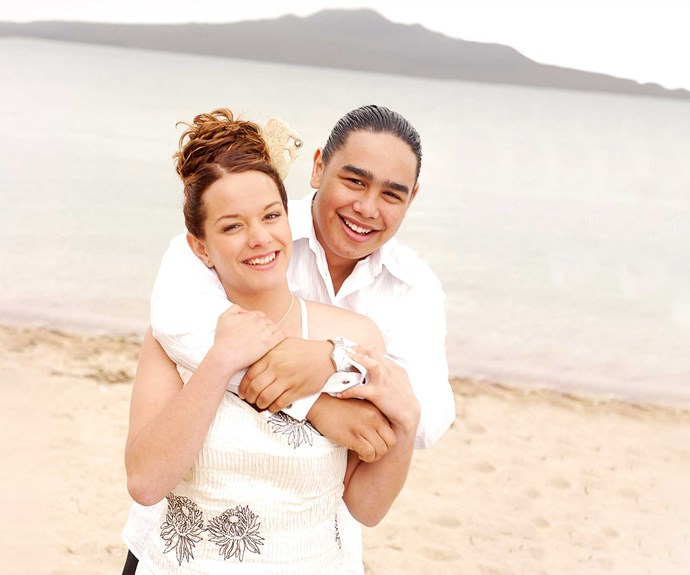 **Shannon & Tama: December 25, 2004** The Christmas nuptials of Tama Hudson (David Wikaira-Paul) and Shannon Te Ngaru (Amber Cureen) were spared the drama that usually plagues Shorty weddings. The childhood sweethearts tied the knot on Auckland's Cheltenham Beach in a ceremony with contemporary Maori elements.