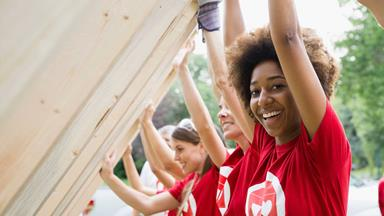 Three ways volunteering can improve your wellbeing