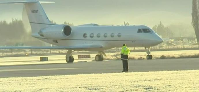 Tom Cruise lands in Queenstown in a private jet. Photo: 1 News Now