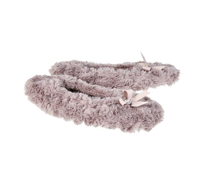 [Lyric Della Rosette slippers, $24, from Farmers.](http://www.farmers.co.nz/women/footwear/slippers/lyric-della-rosette-slipper-6188712;pgid=vNLUuutU9E5SRpH5.bXum4Go0000bg7lmq8O;sid=u-UaVEvzgZOKVxKwvm8fQVtf5K2p_xfURPxFHPhY)