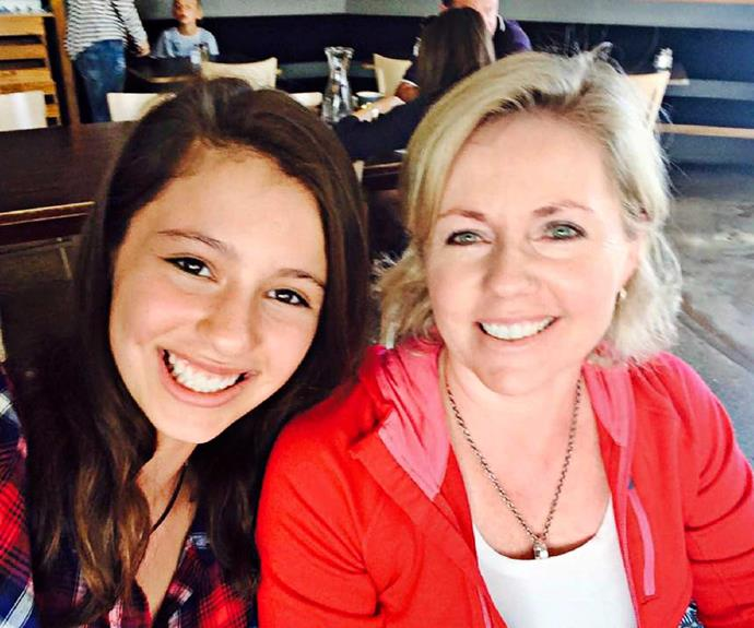 Diane with daughter Jamie. After being a solo mum with Jamie for several years, Diane met her husband, Mariota Smutz.