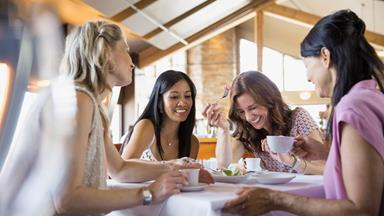 Foods that ease menopause symptoms