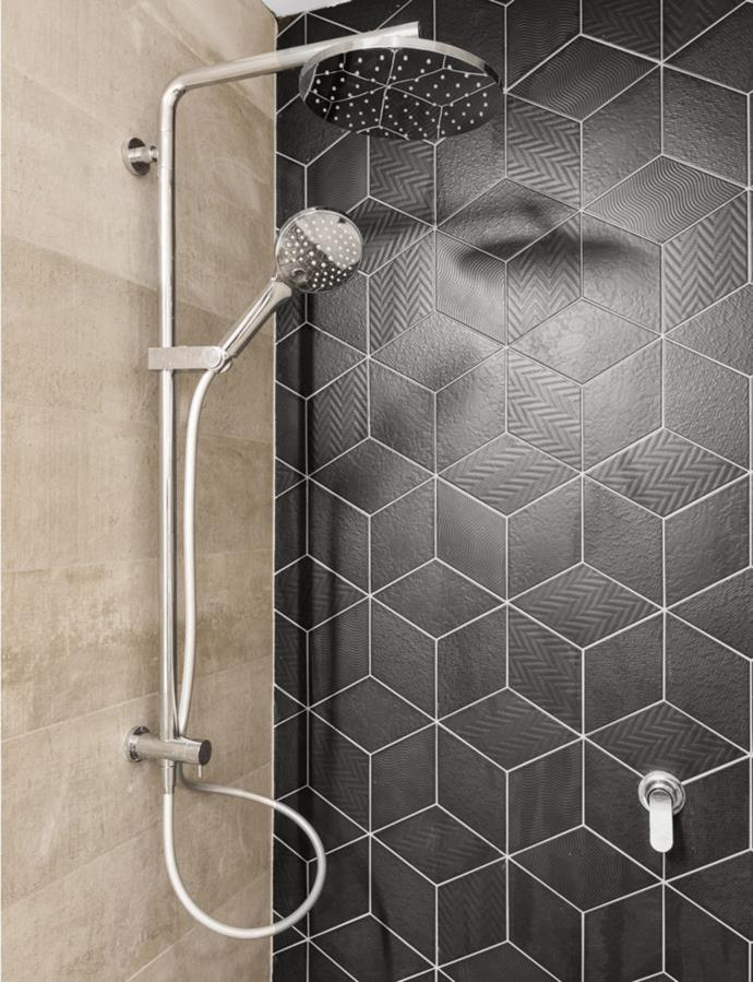 The textured tile added a nice touch to Ling and Zing's ensuite.