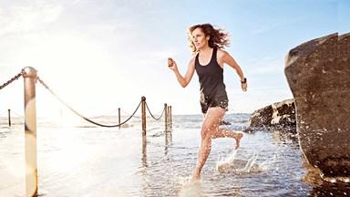 Cancer survivor goes on to run seven marathons in seven days