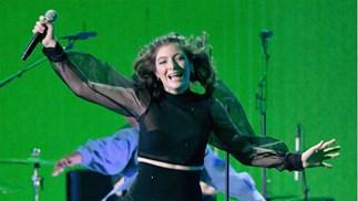 Lorde's 'Green Light' wins a Silver Scroll