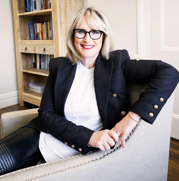 Dr Anna Martin
