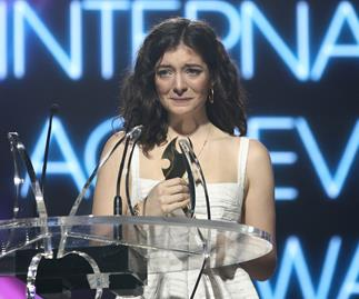 Lorde cleans up at NZ Music Awards