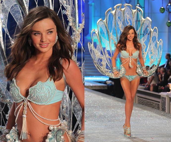 **2011:** Miranda Kerr wore the Fantasy Treasure bra worth $2.5 million.