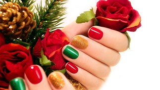 The 12 best Christmas nail art designs
