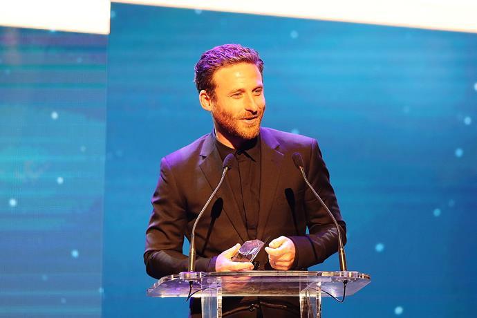 Best actor winner Dean O'Gorman accepting his award.