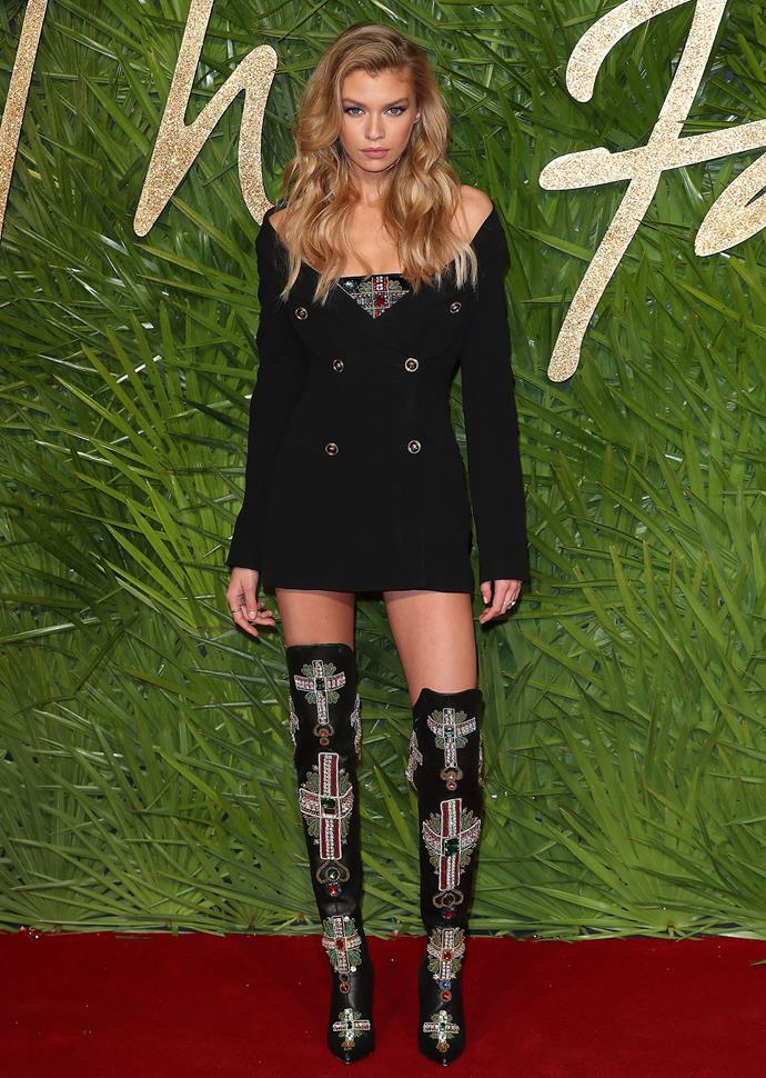 Stella Maxwell, *Maxim* magazine's hottest woman of 2016, is another vision in Versace.