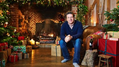Jamie Oliver lets his children swear at Christmas