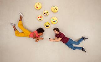 Similar texting habits make for a happier relationship