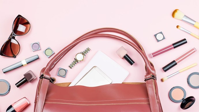 The beauty products you should always keep in your handbag