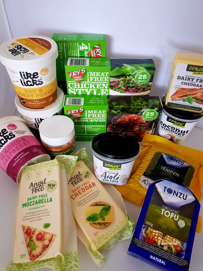 Win 1 of 5 Veganuary prize pack from SAFE!