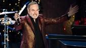 Neil Diamond cancels New Zealand tour after Parkinson's diagnosis