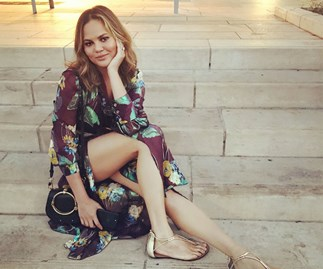 4 body confidence lessons from Chrissy Teigen