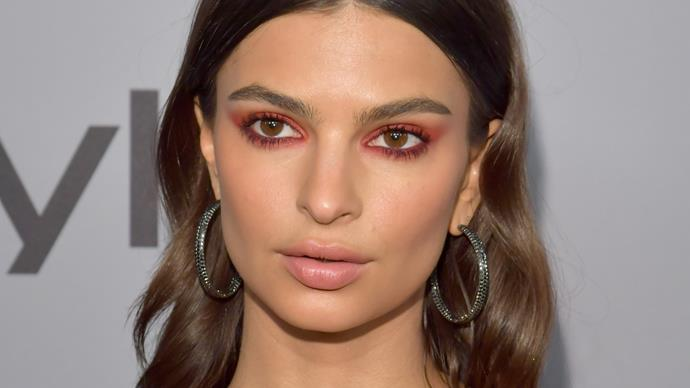 Emily Ratajkowski marries in $200 Zara suit