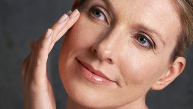 3 tips to slow the signs of ageing