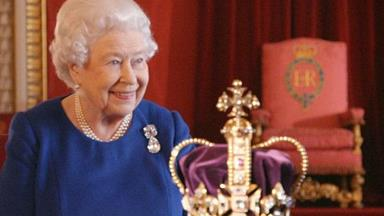 The Queen 'resolves' 1,000-year-long debate