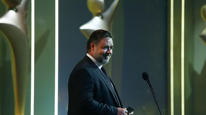 Russell Crowe holds an 'Art of Divorce' auction