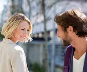 6 ways to tell if someone is attracted to you