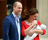 The royal family keeps to tradition with their royal baby announcement