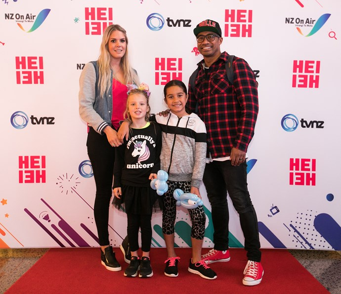 Pua Magasiva, Lizz Sadler and their two daughters Jasmien and Laylah.