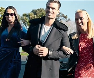 An Auckland real estate agent creates a genius video for selling a home that features the Dancing With The Stars judges