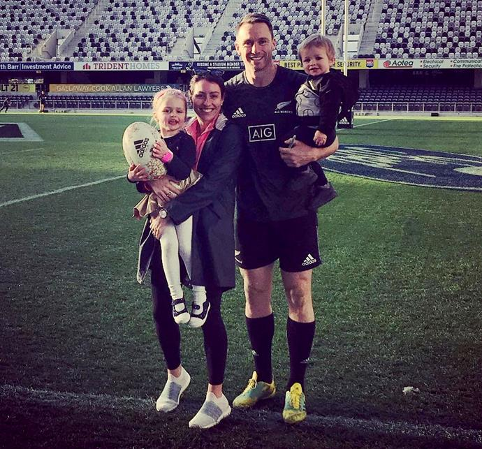 "Vice-captain Ben Smith has been married to his sweetheart [Katie Menzies since January 2015](https://www.nowtolove.co.nz/celebrity/celeb-news/ben-smiths-wedding-day-joy-3031|target=""_blank""). They had been together for 13 years when they got married, and Katie was 7 months pregnant with their first child.  ""It was really nice to not be on my own walking down the aisle,"" Katie told the *Australian Women's Weekly* on their wedding day. ""I could feel bubs kicking away, trying to be a part of the action already.""  Ben agreed. ""When I saw her, I thought, 'How cool is life? It's my wife and child together on our wedding day.' It doesn't get much better than that.""  Katie gave birth to their daughter Annabelle a few months later and then in March 2017 [their son Walter arrived.](https://www.nzherald.co.nz/sport/news/article.cfm?c_id=4&objectid=11815619