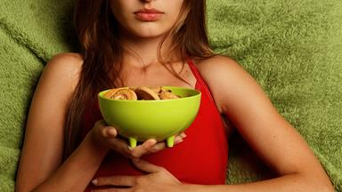 8 foods that will help reduce bloating