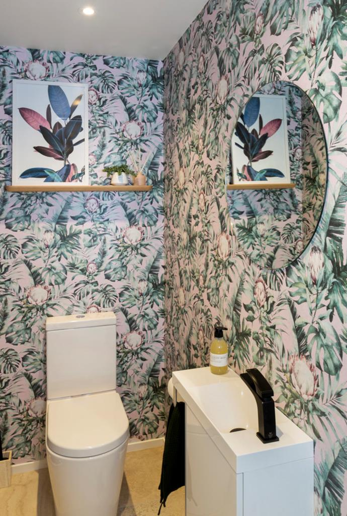 Amy chose a bold wallpaper for the powder room, which the judges loved.