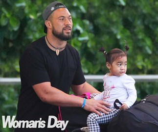 Joseph Parker whisks his adorable family away for a Hawaiian holiday