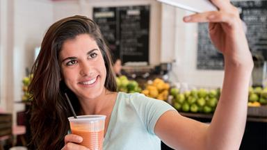 How social media can impact your eating habits
