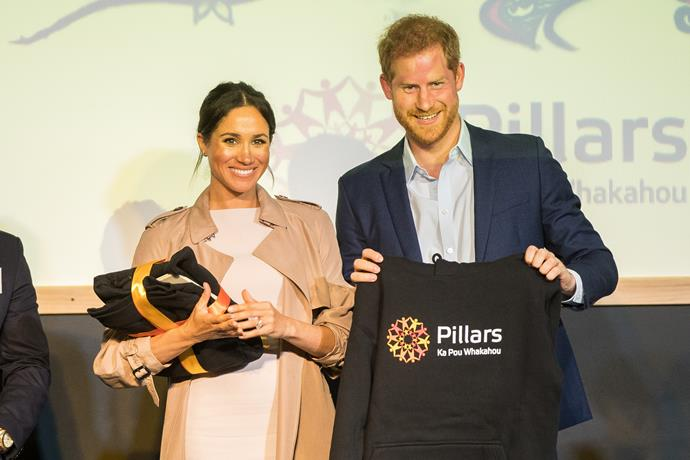 Harry and Meghan were gifted a Pillars hoodie!