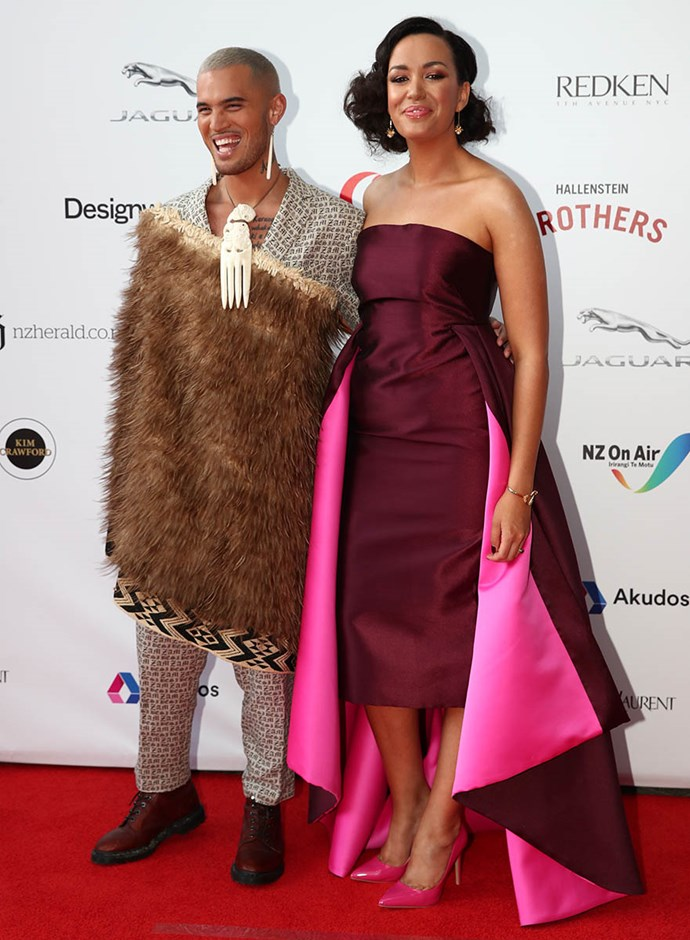 "Stan Walker rocked a Korowai cloak - made even better with Kanoa Lloyd on his arm. Kanoa was stunning in Tanya Carlson. The NZ Music Awards host confesses to being starstruck by Che-Fu. ""I saw him in the hallway and I looked but then looked away before he could make eye contact,"" she admits."