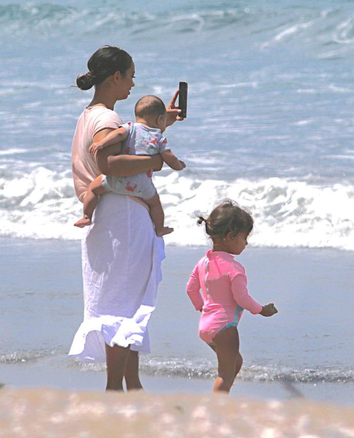 Alana's on photo duty with son Zaid and Aisha.