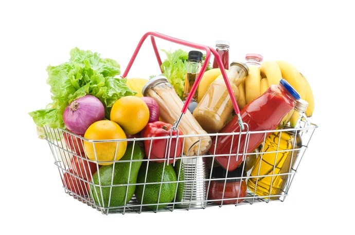 """**Food Labelling** <br><br> When it comes to getting the right fuel, reading ingredients labels and looking out for [food with the least amount of chemicals and additives](https://www.nowtolove.co.nz/health/diet-nutrition/how-eating-raw-food-can-make-you-happier-and-healthier-39980