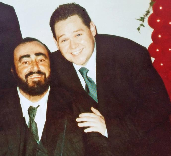 With his mentor Pavarotti in 2000.