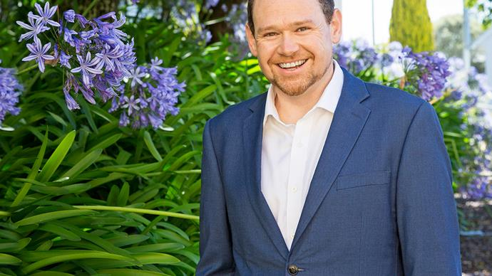 Shaun Dixon operatic tenor