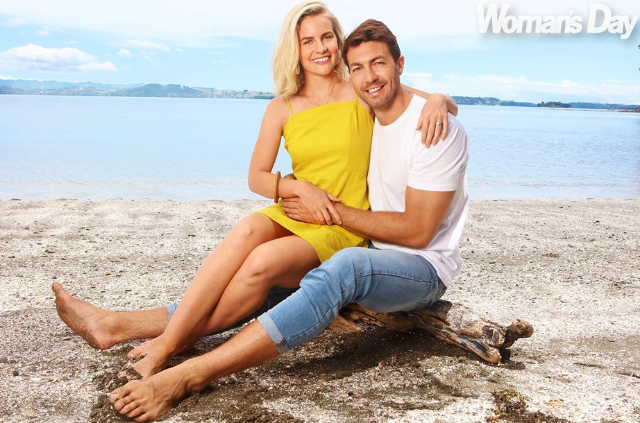 Art & Matilda Green - Bachelor New Zealand - Season 1 - Fan Forum - Page 73 1549482271623_Art-and-Matilda-at-the-beach