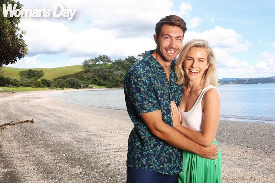 Art & Matilda Green - Bachelor New Zealand - Season 1 - Fan Forum - Page 73 1549482279326_Art-and-Matilda-hugging-on-a-beach