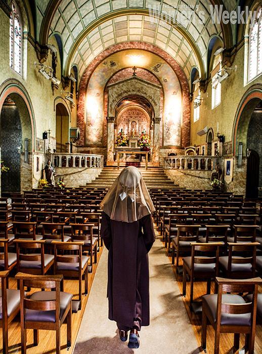 Inside the orante chapel.