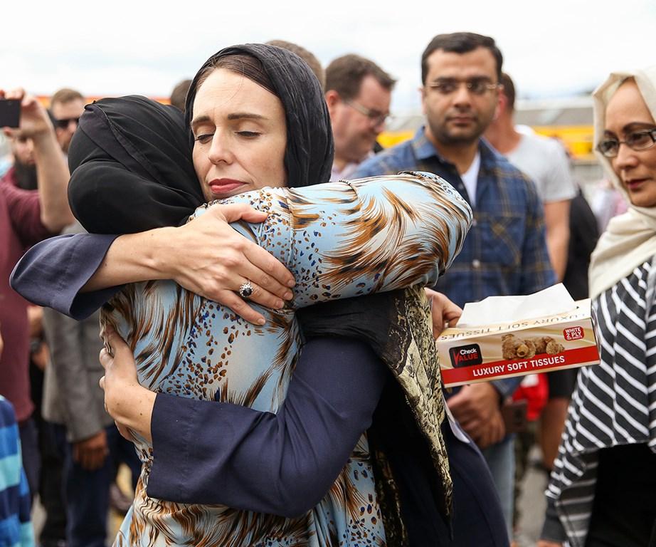 Jacinda Ardern hug Naima Abdi
